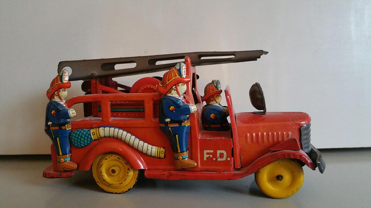 SSS Toys Brandweerwagen rechterzijde