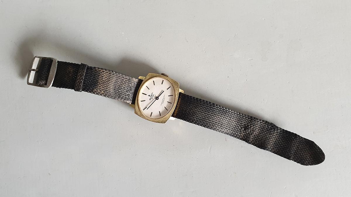 Buren Rival horloge bovenkant