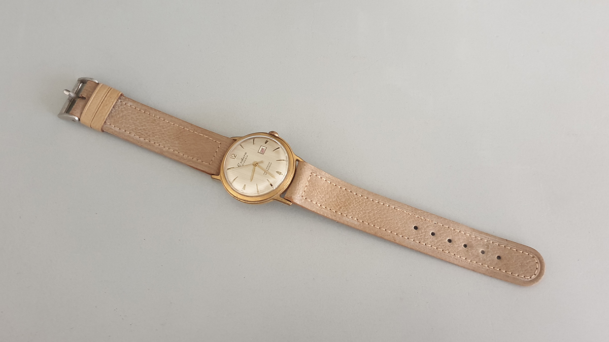 Endura horloge bovenkant