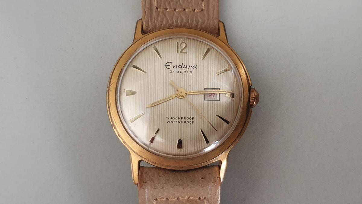 Endura horloge glas