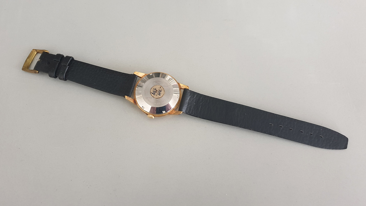 Milex horloge onderkant