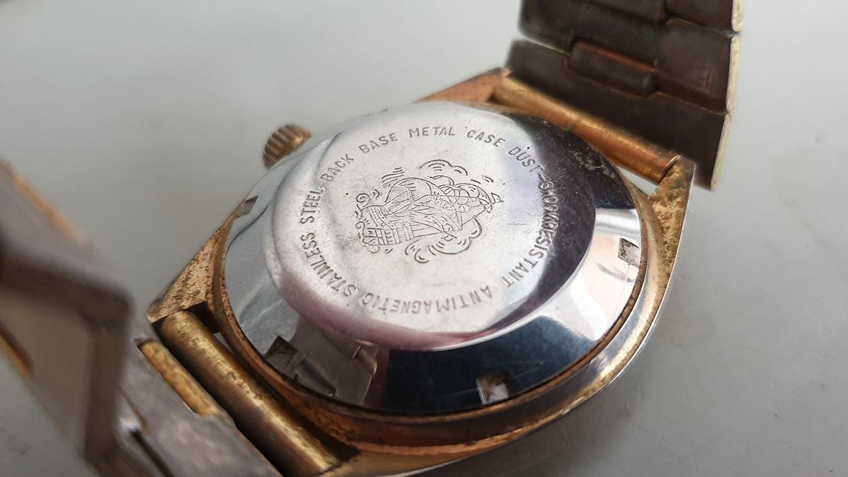 Aseikon 23 horloge detail