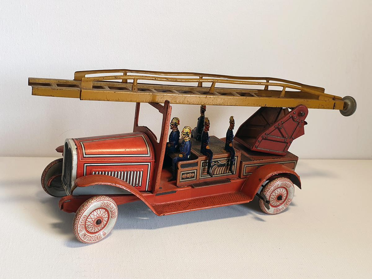 TippCo 1930's brandweerwagen 3/4 side 1