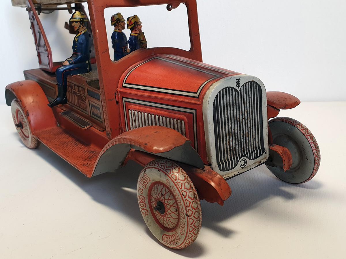 TippCo 1930's brandweerwagen front detail
