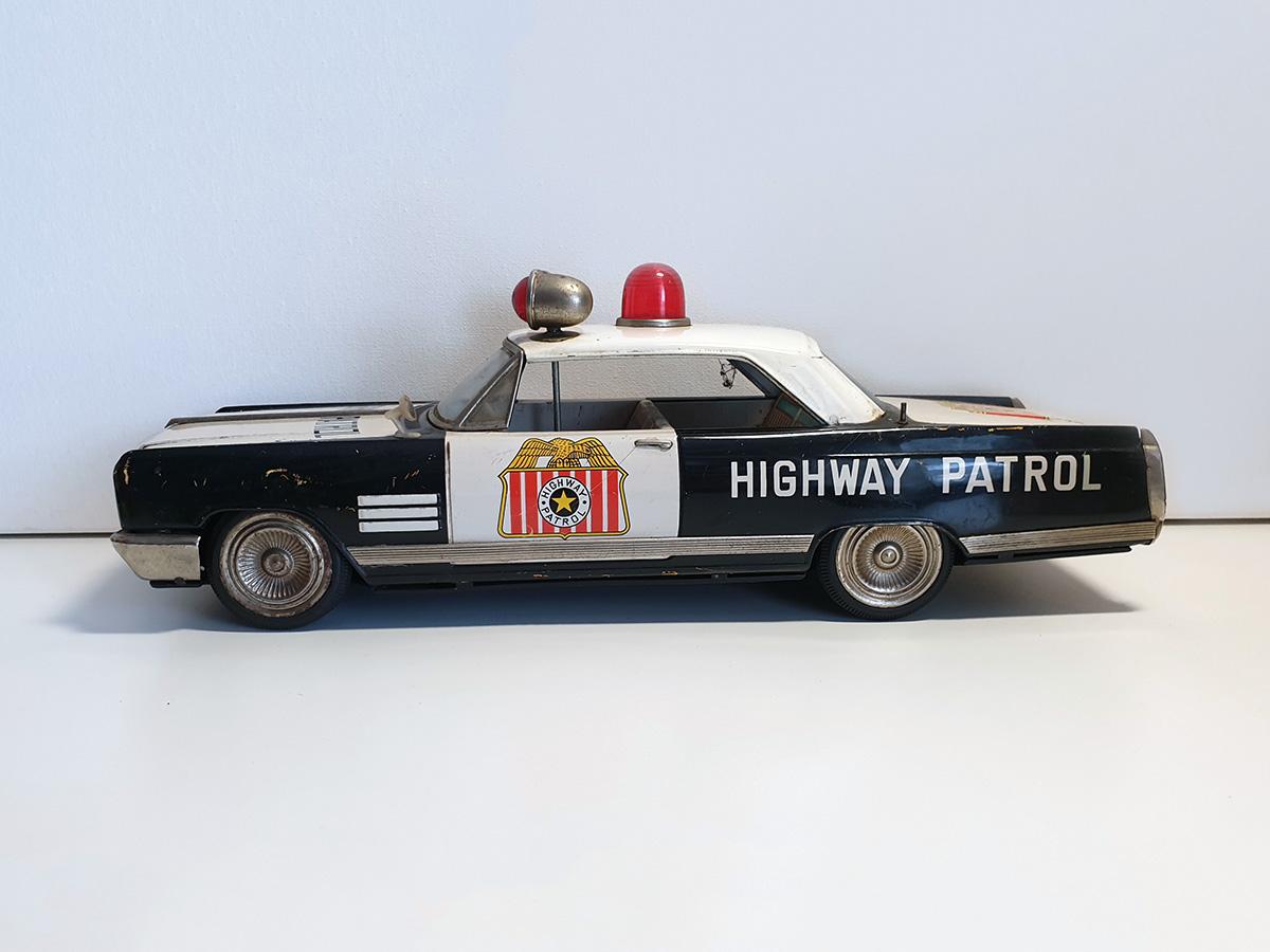 Ichiko Buick Highway Patrol auto main