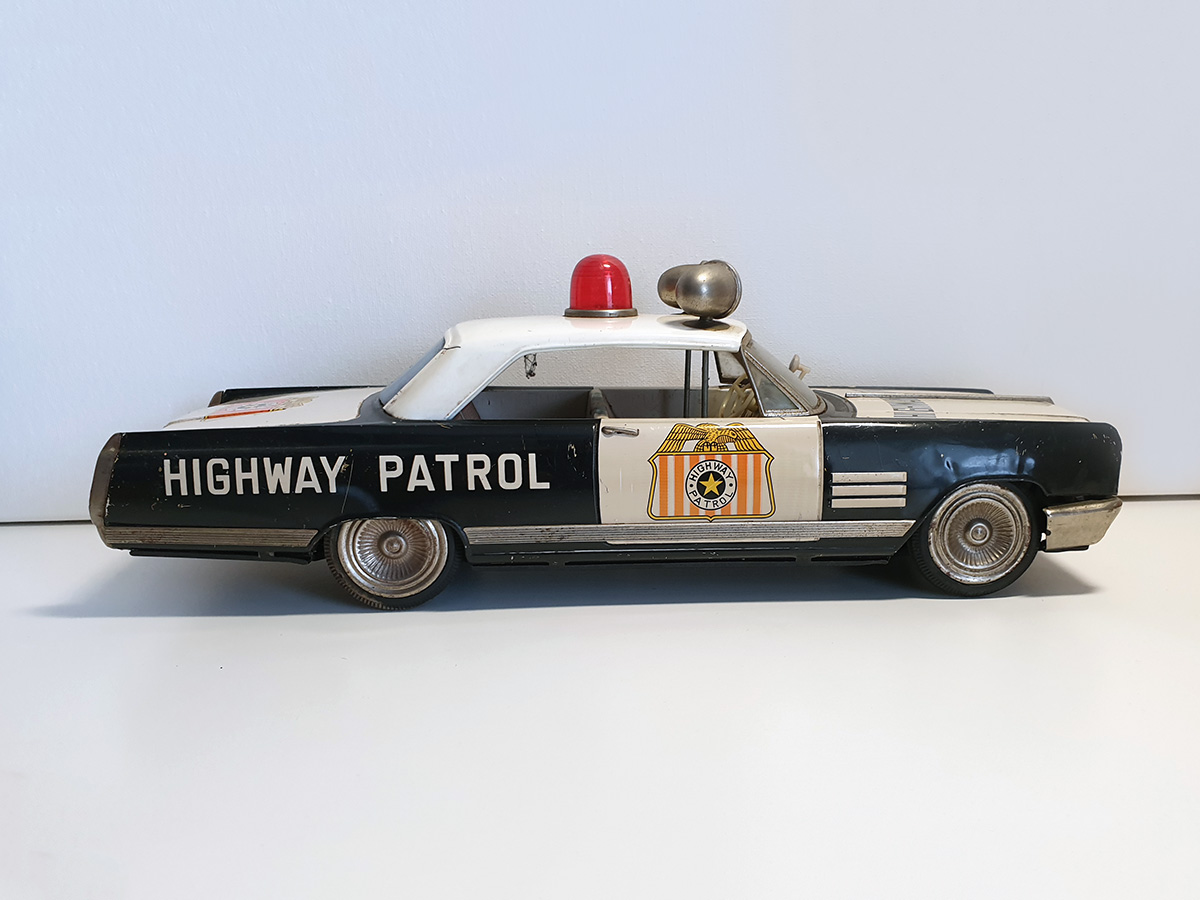 Ichiko Buick Highway Patrol auto side