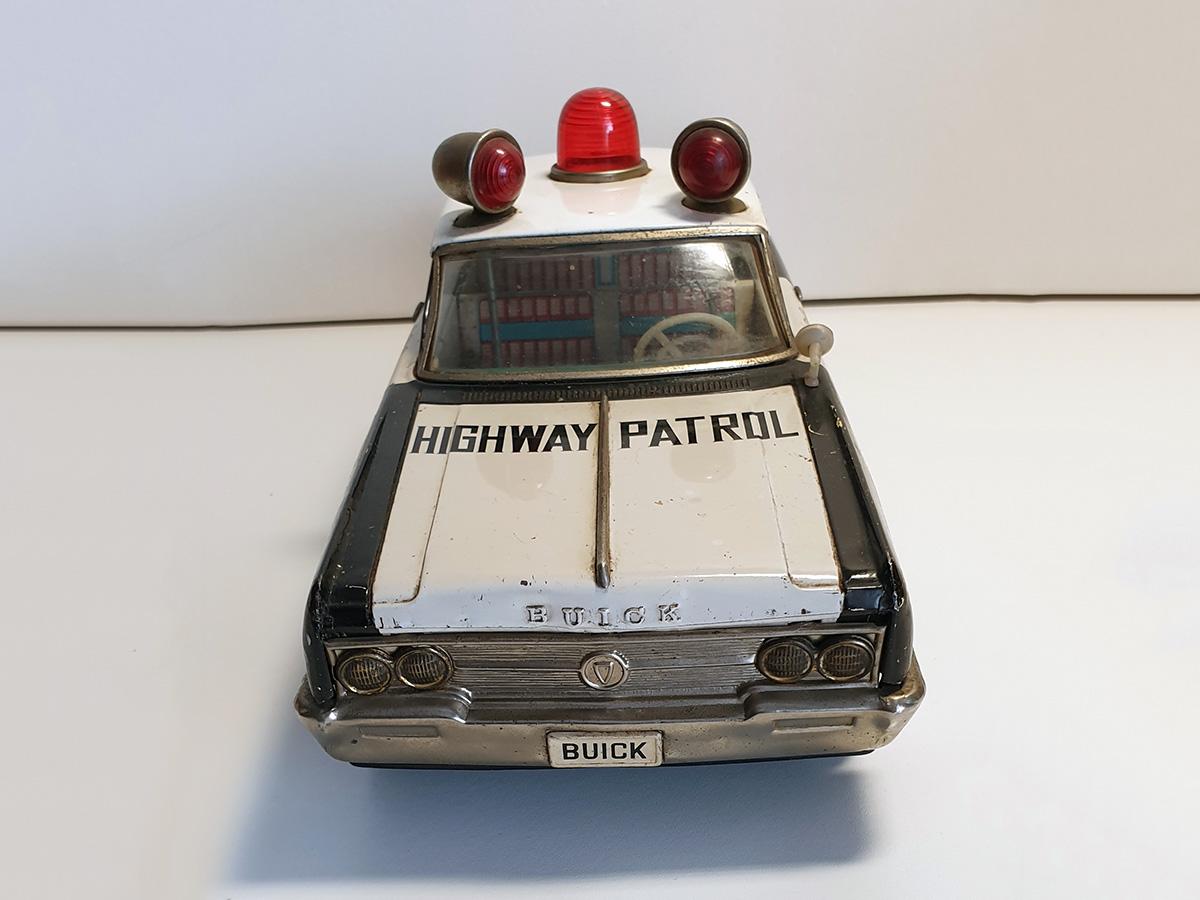 Ichiko Buick Highway Patrol auto front