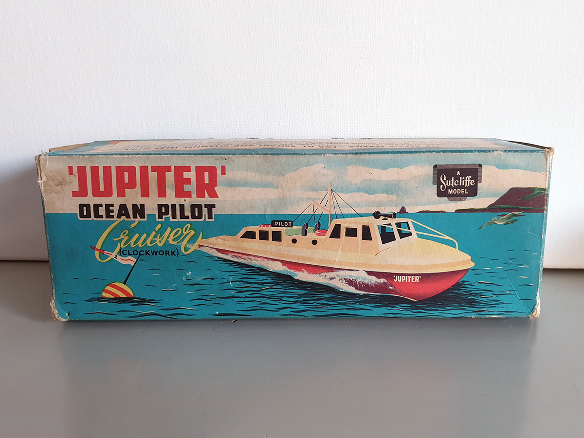 Sutcliffe Jupiter clockwork Ocean Pilot Cruiser box