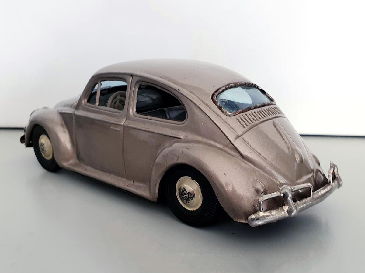 Bandai Volkswagen auto goud back