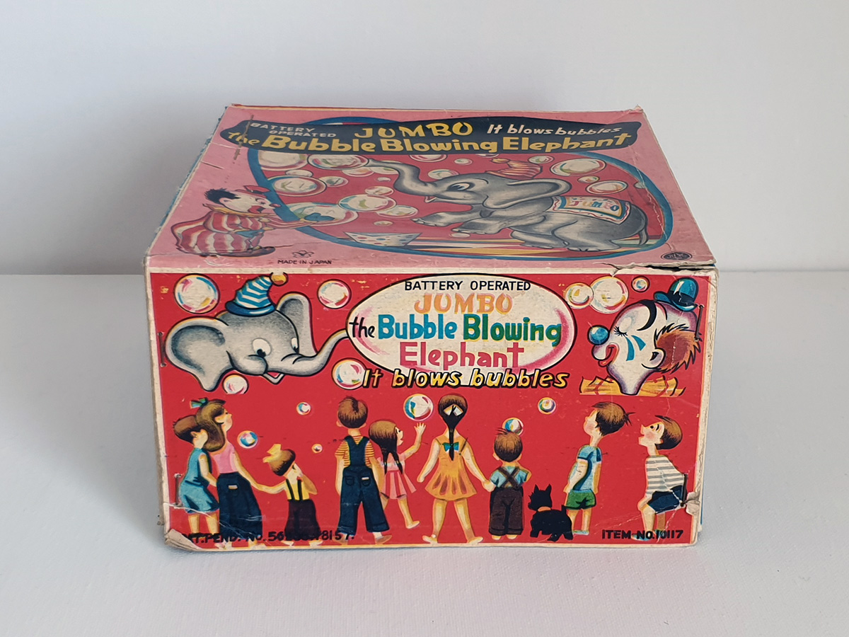 Jumbo The Bubble Blowing Elephant box side 1