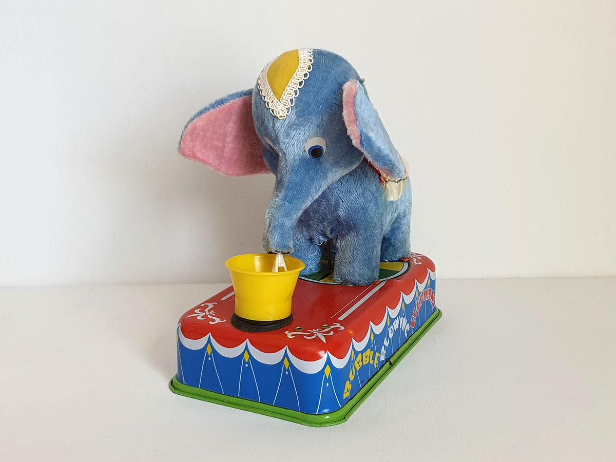 Yonezawa Jumbo the Bubble Blowing Elephant front 1