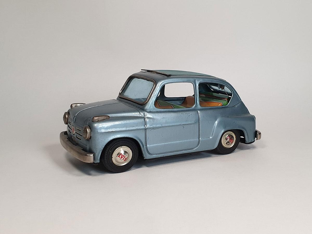 Bandai Fiat 600