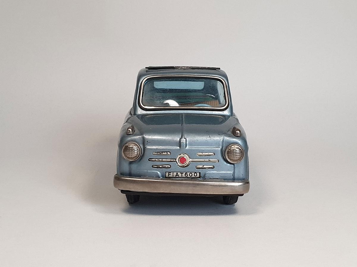 Bandai Fiat 600 front